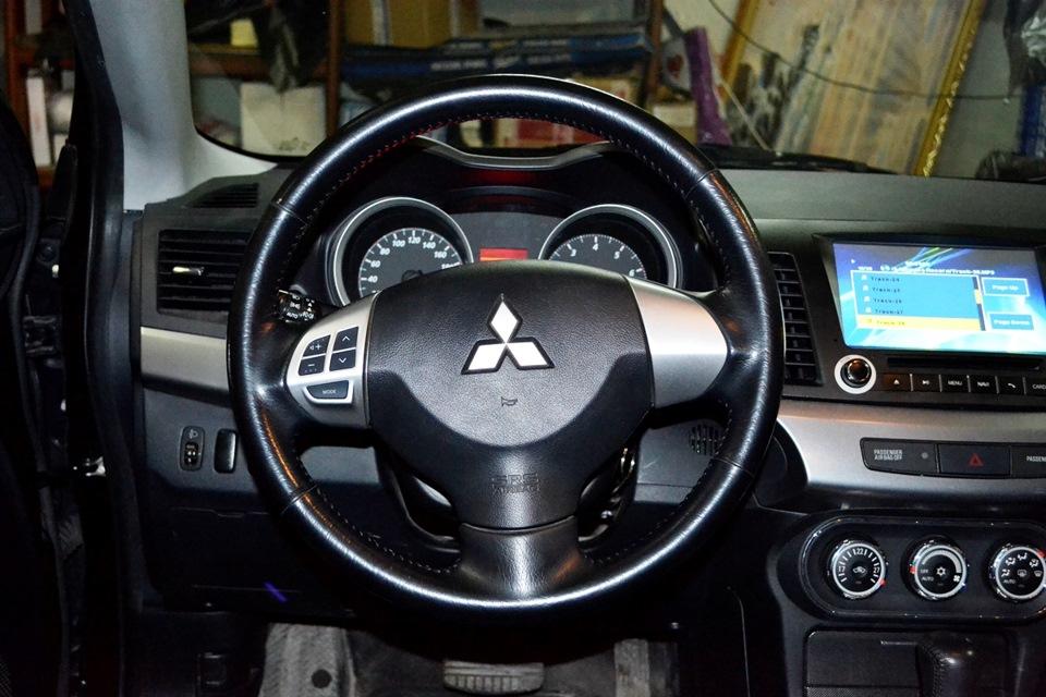 Кнопка управления на руль