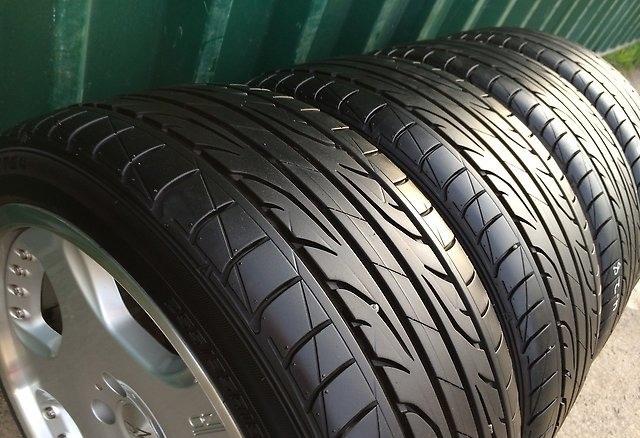 Dunlop LM704 205/65R16