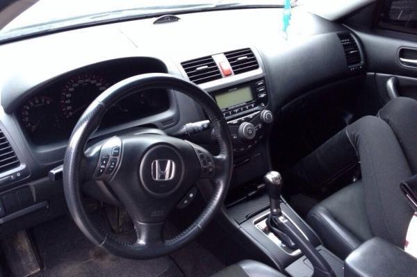 Салон Хонда Аккорд 7