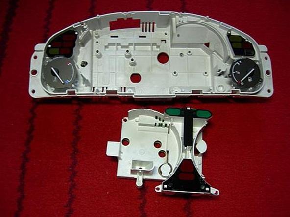 Задняя часть корпуса панели проборов