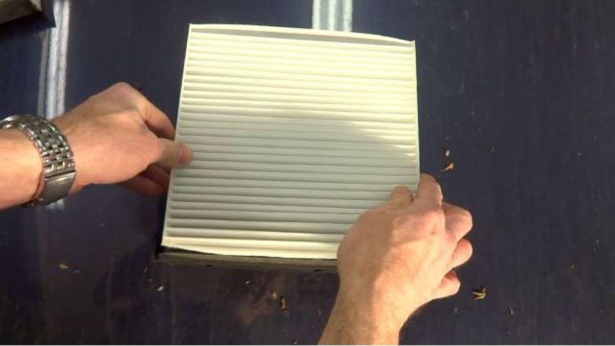 Установка фильтрующего элемента в корпус