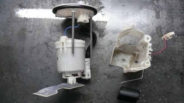 Поплавок и топливный фильтр