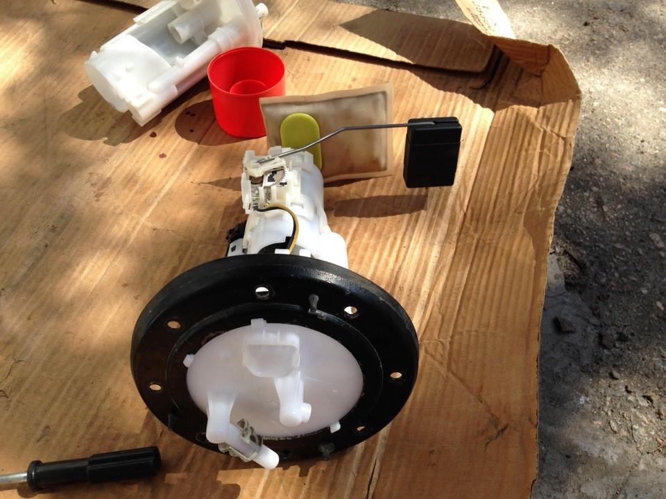 Топливный фильтрующий элемент в сборе и готов к установке
