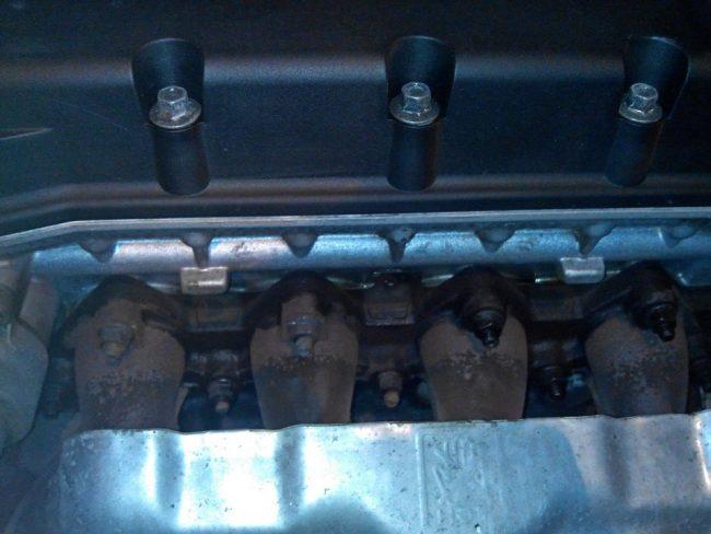 Течь прокладки клапанной крышки