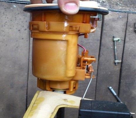 Демонтированный топливный модуль Королла 120