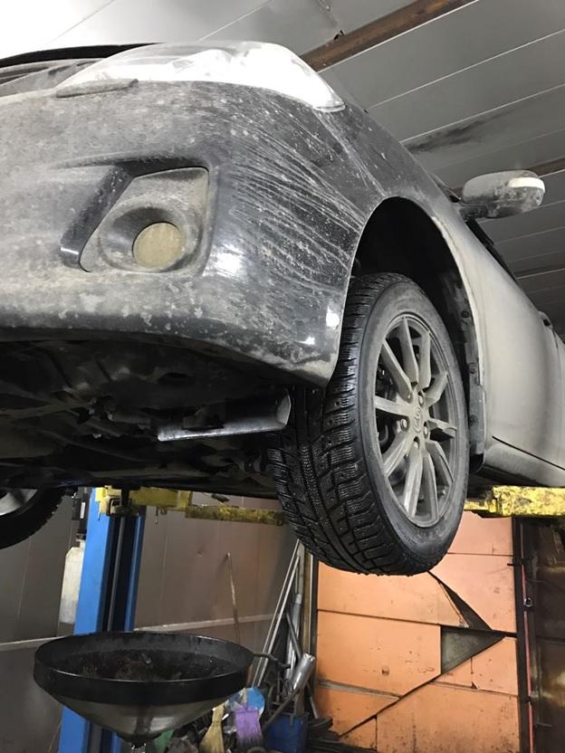 Подготовка авто к замене масла