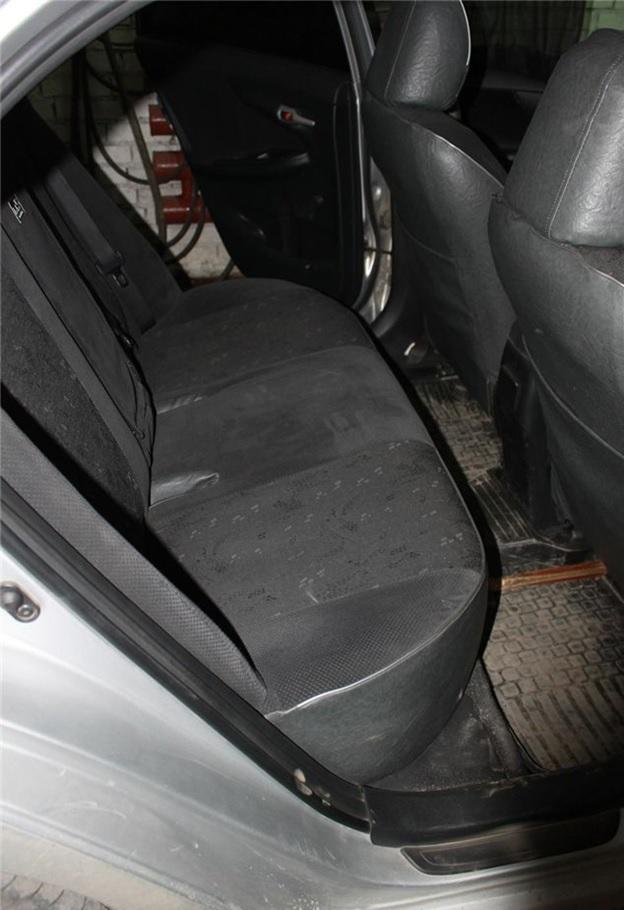 Задний ряд сидений, которые подлежит демонтажу