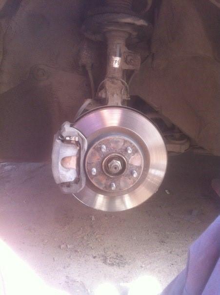 Вид с демонтированным колесом
