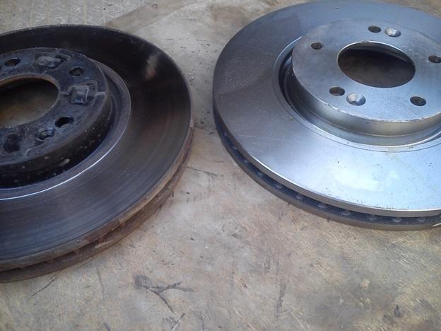 Сравнение нового(справа) и старого(слева) дисков