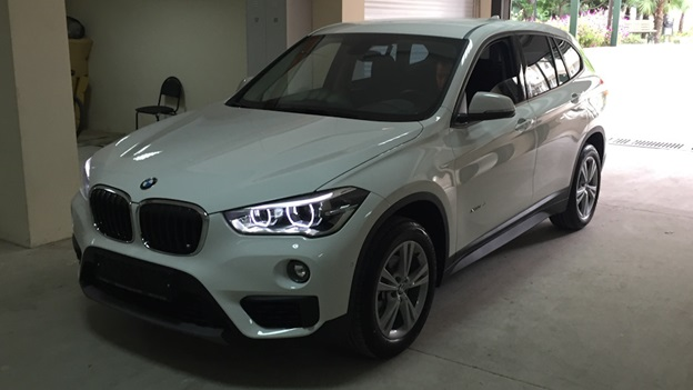 BMW X1 в комплектации xDrive18d