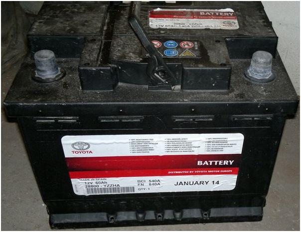 Родная оригинальная батарея автомобиля Toyota Avensis