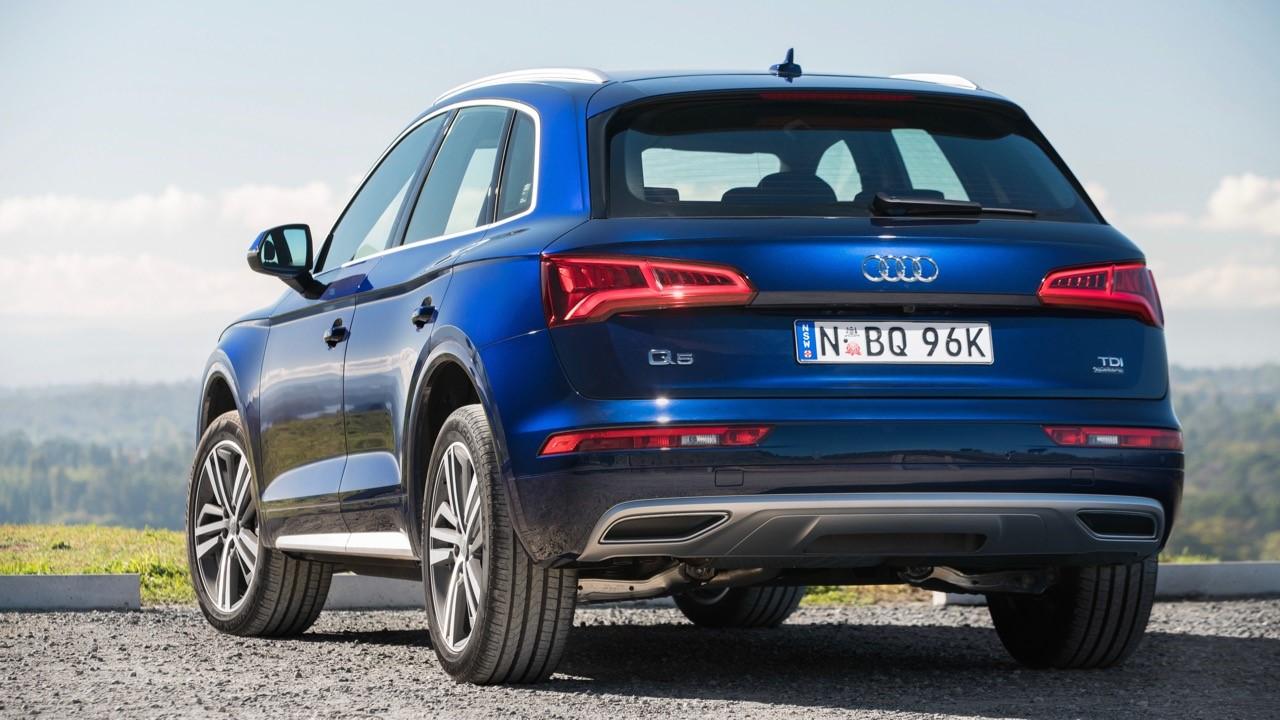 Audi Q5: вид сзади
