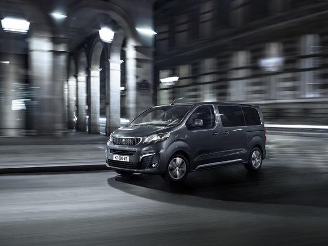 Внешний вид минивэна Peugeot Traveller