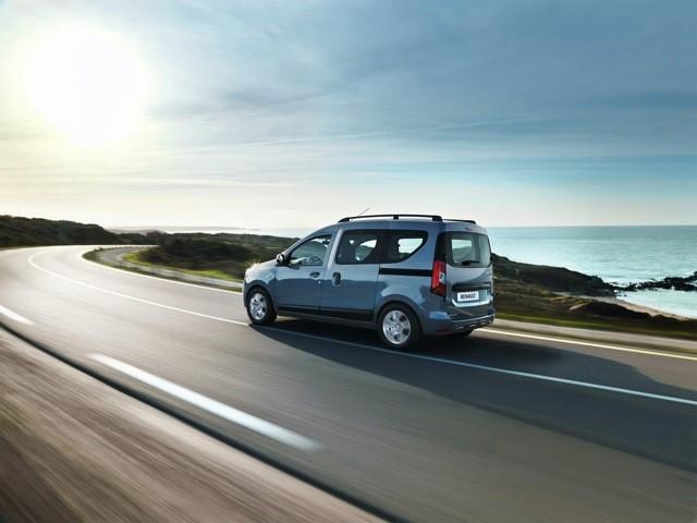 Вид сзади на Renault Dokker