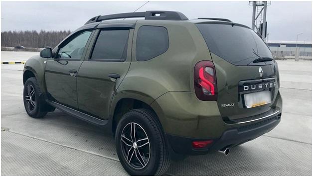 Внешний вид Renault Duster в комплектации Expression
