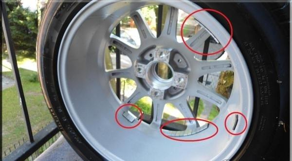 Расположение грузиков на колесном диске Dezent