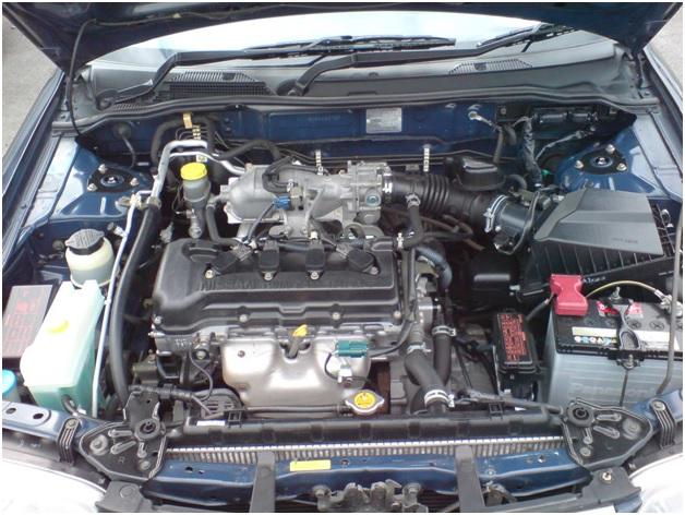 Подкапотное пространство Nissan Sunny