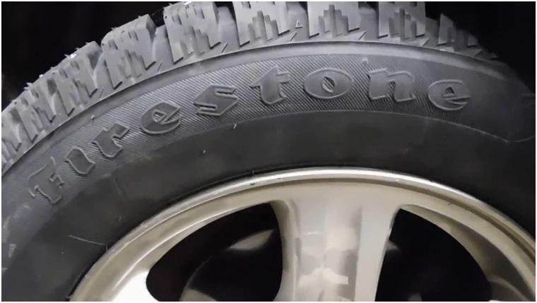 Установленная на диск резина Firestone