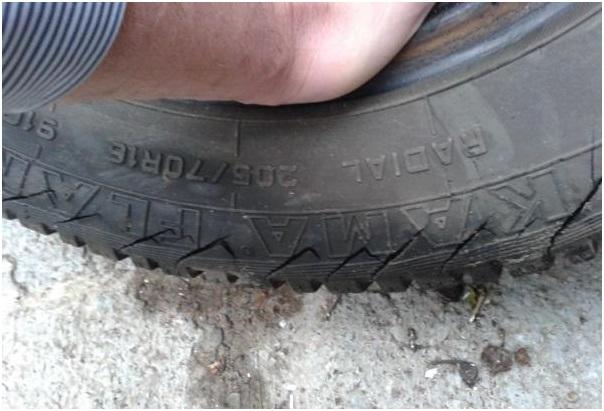 Трещины на моей шине