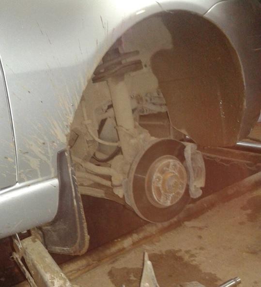 Вид после демонтажа колеса и подкрылка