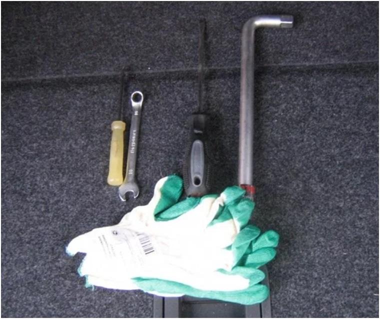 Инструменты для снятия АКБ