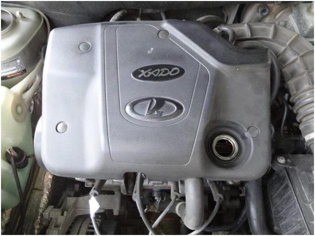 Декоративная крышка мотора