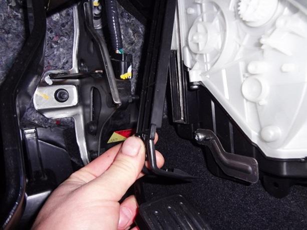 Салонный фильтр на Nissan X-Trail T31