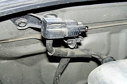 Пример крепления ДАД на кузове