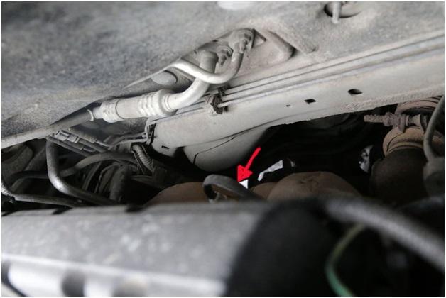 Расположение датчика кислорода на автомобиле Ситроен С4