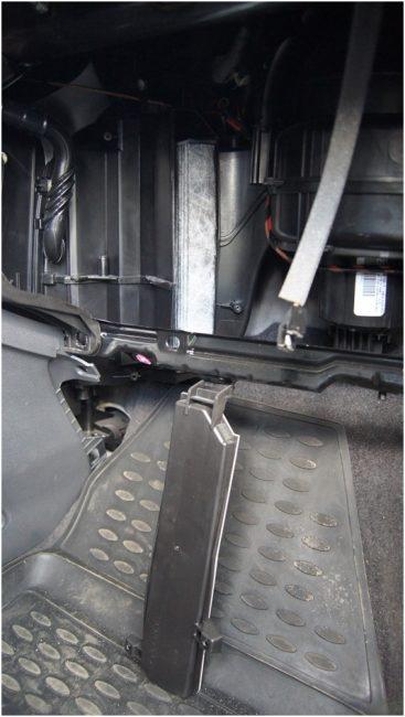 Салонный фильтр Opel Zafira B