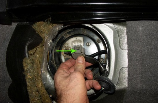 Топливный фильтр Toyota Rav4