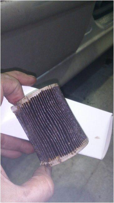 Загрязненный фильтр тонкой очистки