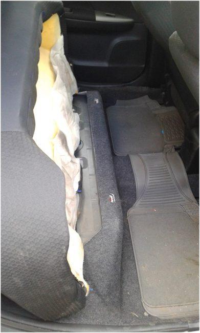 Поднятые сидения заднего ряда