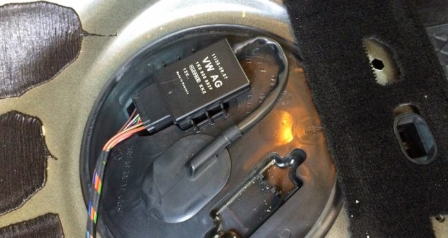 Топливный фильтр Volkswagen Passat