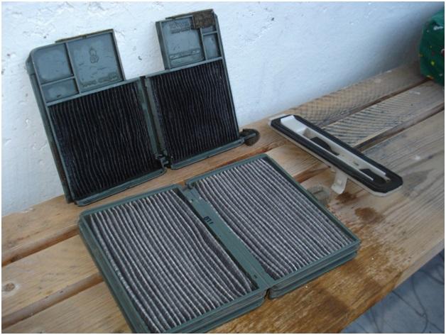 Демонтированный салонный фильтр