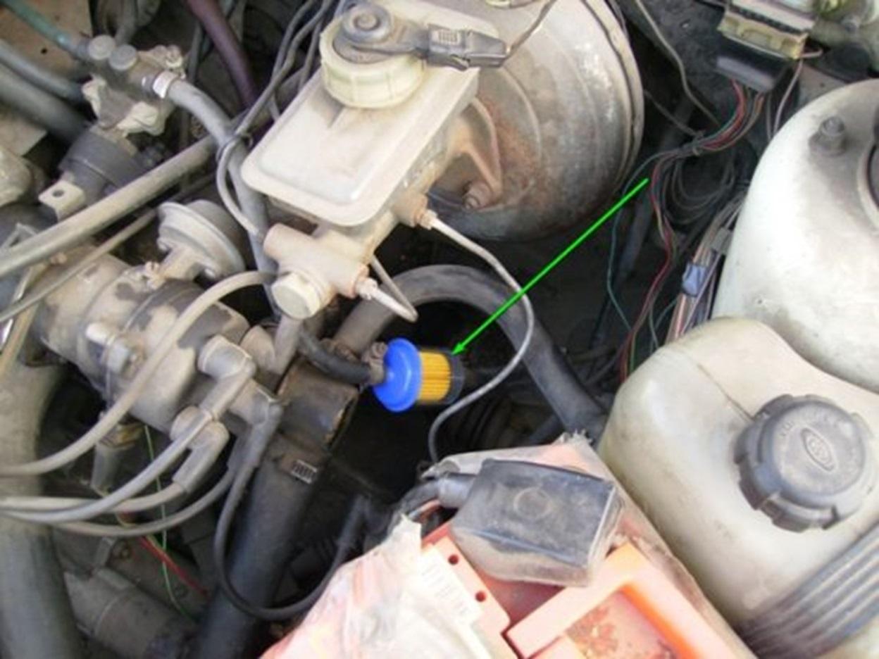 Фильтр на карбюраторном ВАЗ 2115