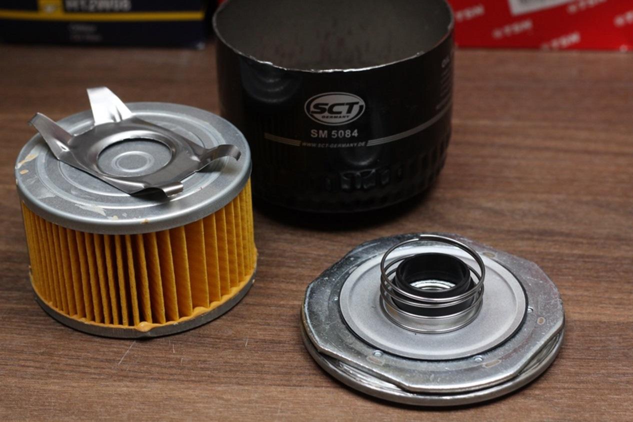 Вскрытый масляный фильтр SCT
