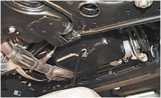 Вытекание моторной смазки