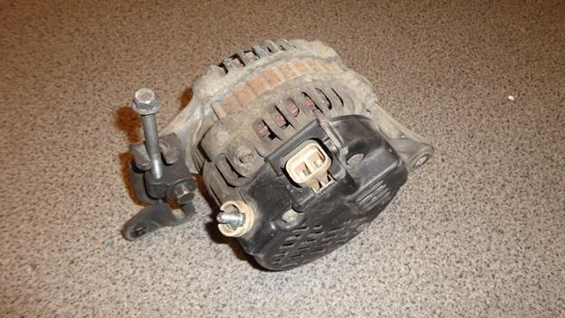 Демонтированный генератор