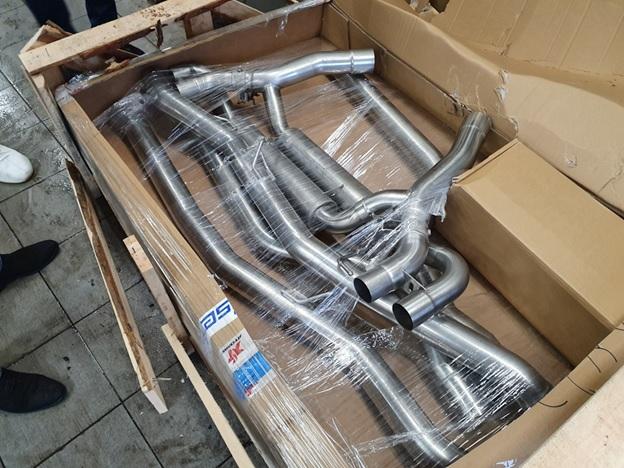Комплект для тюнинга выхлопной системы BMW M5