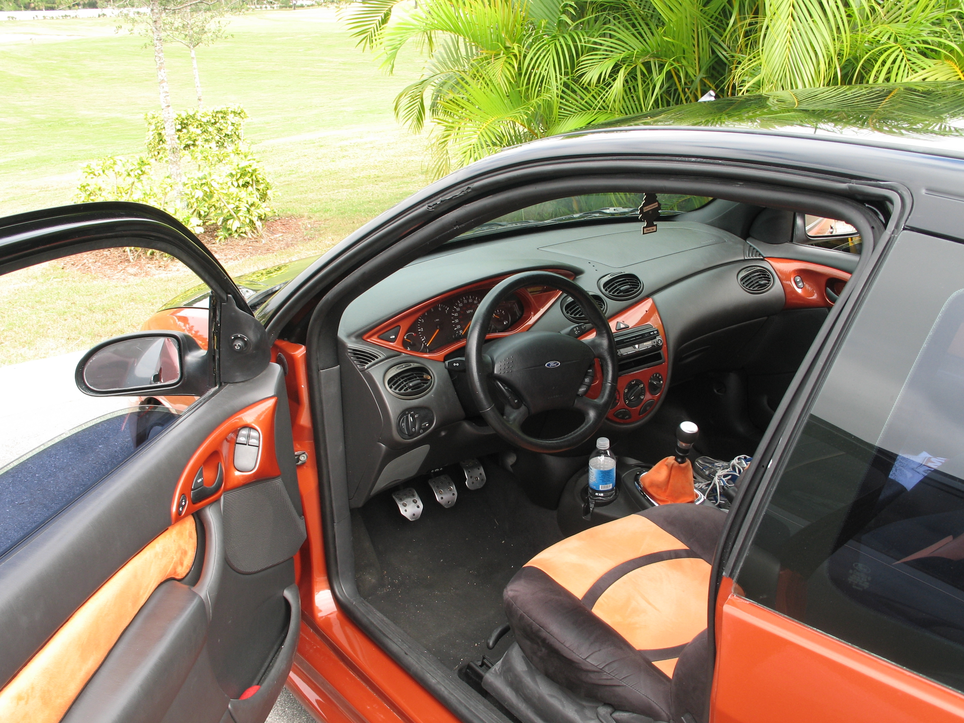 Салон Ford Focus 1