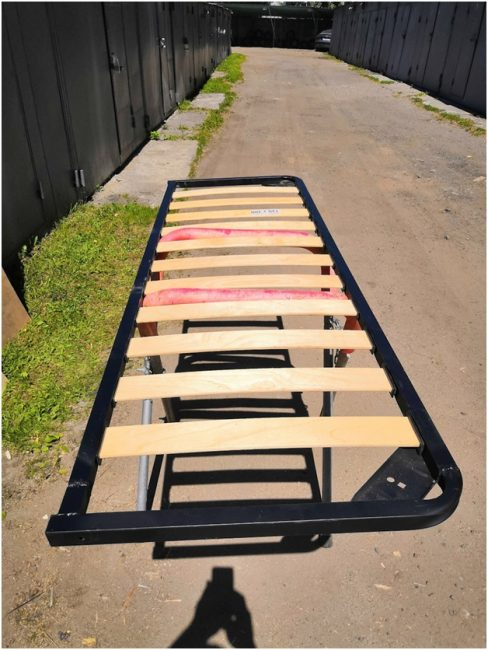 Кровать для дома на колесах